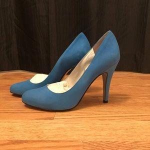 Jessica Simpson sz 7.5 blue suede heels